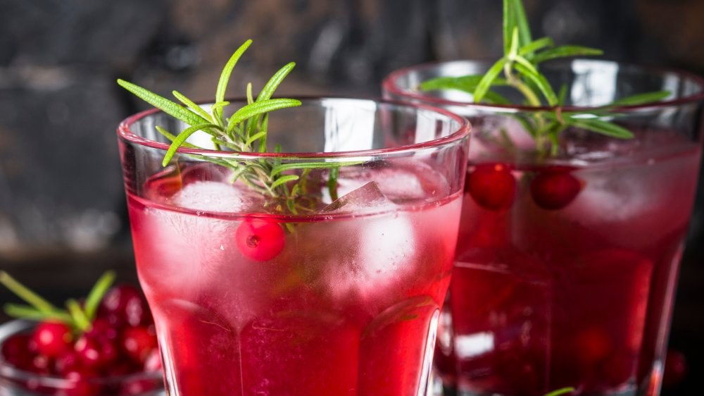 Fact or fiction: Cranberry juice helps UTIs
